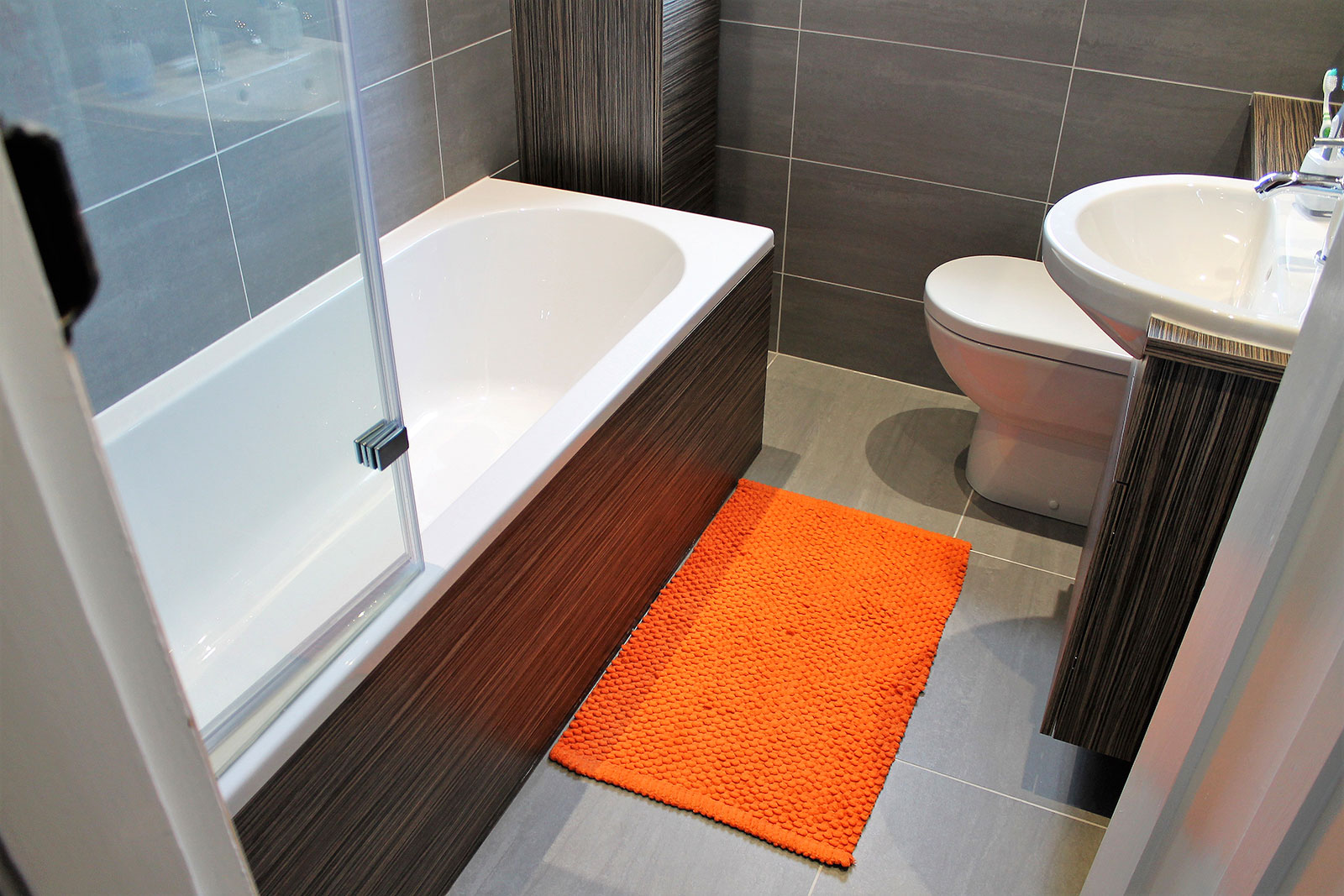 Contemporary bathroom and fitted furniture